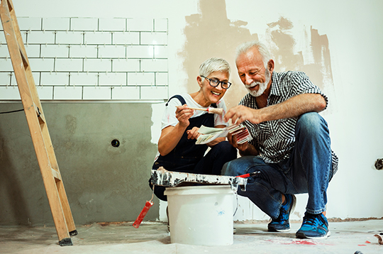 elderly-couple-remodeling-mcti2