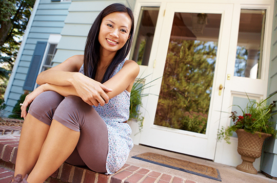 woman-on-porch-buyahome-mcti1